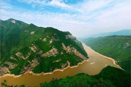 安徽推进长江治理保护 老工业码头变身绿色廊道