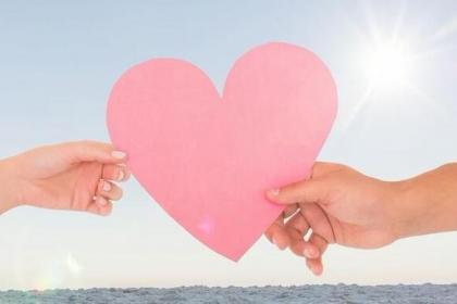 抓牢自己在恋爱当中的不可替代性,让他对你爱不释手!
