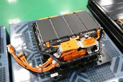 蜂巢能源叠片电池量产交付