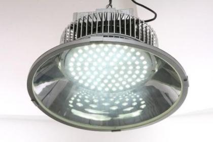 影响LED工矿灯价格的三大因素