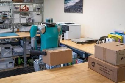 Digit成为首款出售给企业的双足机器人:是福特公司