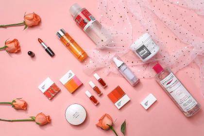 投资魅惑美妆化妆品超市 在美丽的道路上越走越远