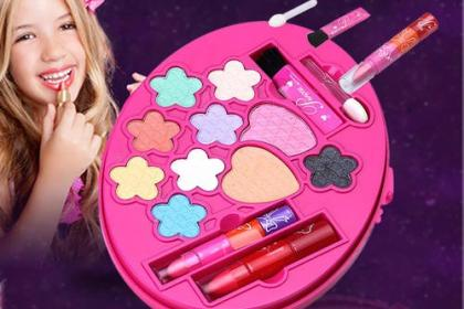 如何选择儿童化妆品?这些事项家长要了解!