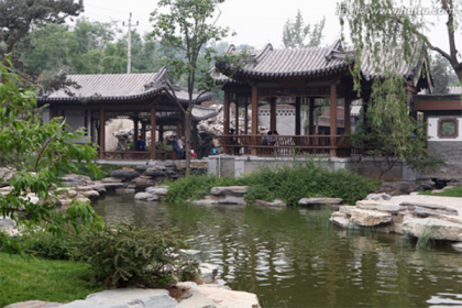 中式古典园林中景观小品的应用