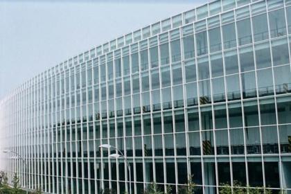 明框玻璃幕墙怎么施工?