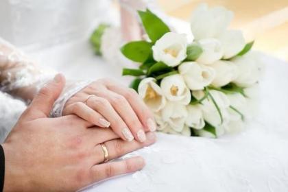 未婚女能不能嫁给离婚的男人?