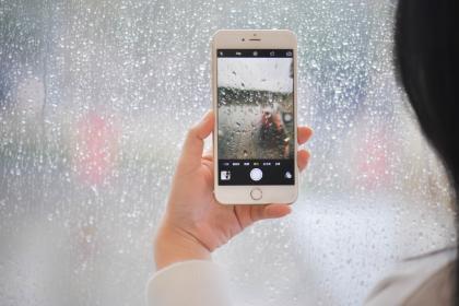 苹果宣布采购全球首批无碳铝,未来或用于iPhone、Mac电脑