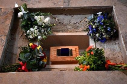 骨灰下葬的仪式及讲究