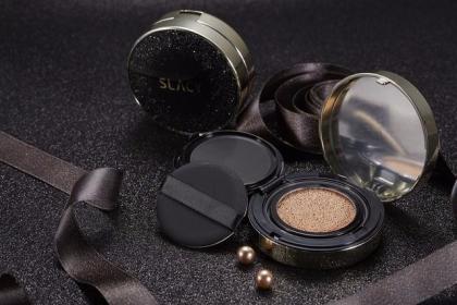 稳步走在潮流时髦的前沿 全美化妆品解决各种肌肤烦恼
