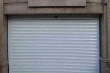 深圳卷帘门安装