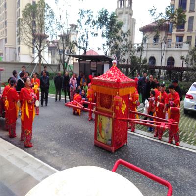 中式婚礼西洋马车