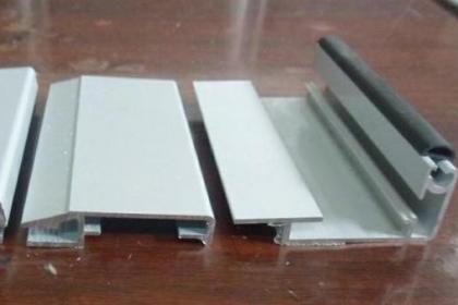 成都灯箱铝型材厂