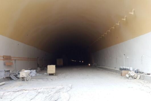 长沙隧道腻子粉喷涂