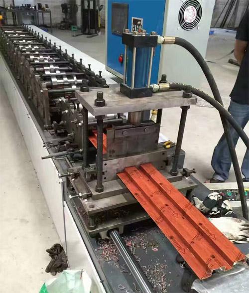 铝天花长城板 铝长城板生产商 广东铝长城板.jpg